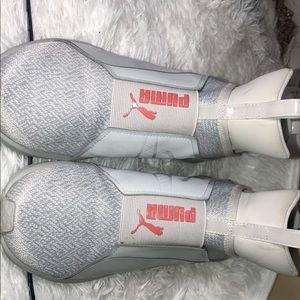Puma Sneakers Women's 9